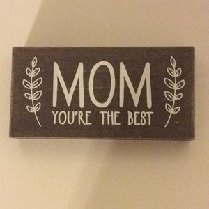 MOM You're The Best Painted On Wood Frame    NWOT
